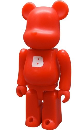 Basic Be@rbrick Series 3 - B figure, produced by Medicom Toy. Front view.