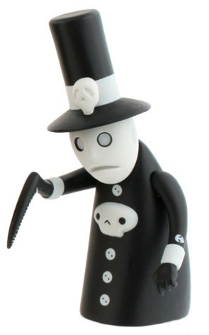 KidGrim Reaper figure by Patricio Oliver (Po!), produced by Kidrobot. Front view.