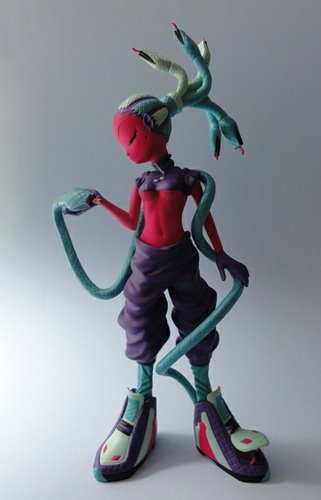 Medusa - Poison Berry Konstricta figure by Erick Scarecrow. Front view.