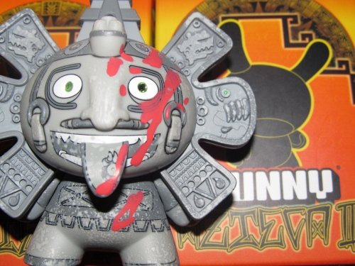 Calendario Azteca Sacrifice Custom Dunny figure by The Beast Brothers. Front view.