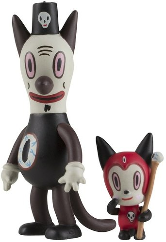 Toby & Disciple  figure by Gary Baseman, produced by Kidrobot. Front view.