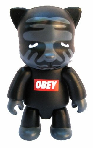 Obey figure by Shepard Fairey, produced by Toy2R. Front view.