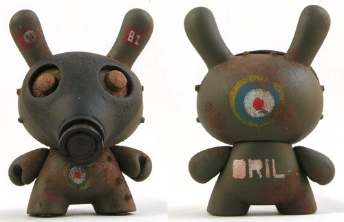 British Gas Mark Special-Ops Dunny figure by Drilone. Front view.
