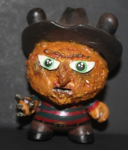 Freddy Kruger figure by Shawn Wigs. Front view.