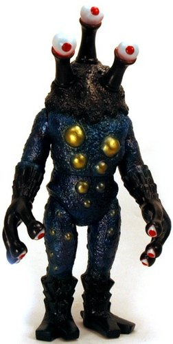 Alien Argus Custom figure by Yamomark. Front view.