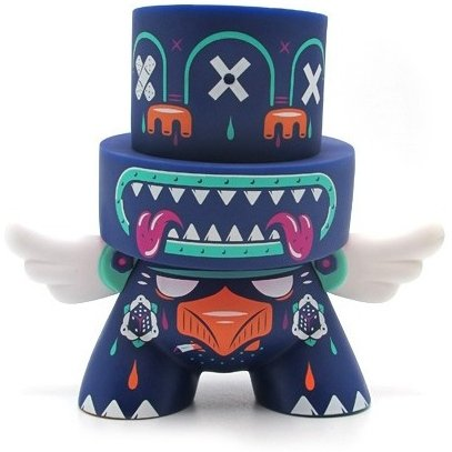 Totem figure by Kronk, produced by Kidrobot. Front view.