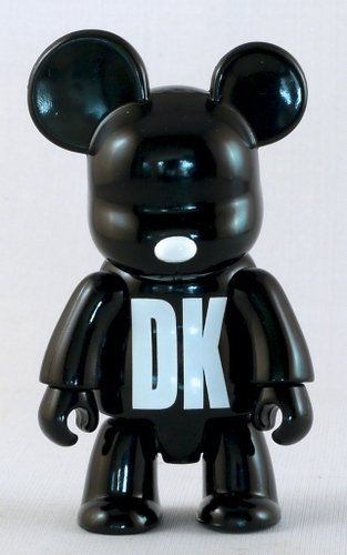 DK NY Black figure by Dkny, produced by Toy2R. Front view.