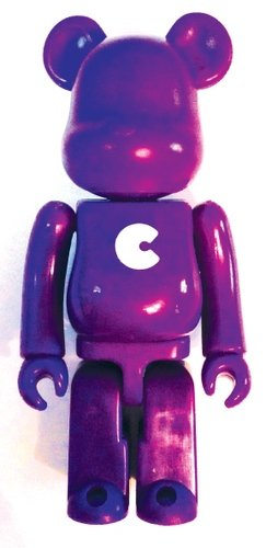 Basic Be@rbrick Series 8 - C figure, produced by Medicom Toy. Front view.