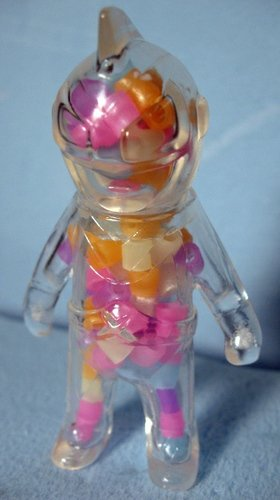Mini Captain Maxx - Human Mouth w/ GID beads figure by Mark Nagata, produced by Max Toy Co.. Front view.