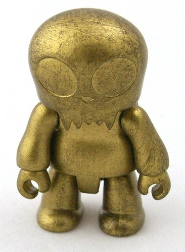 Gold Toyer figure, produced by Toy2R. Front view.
