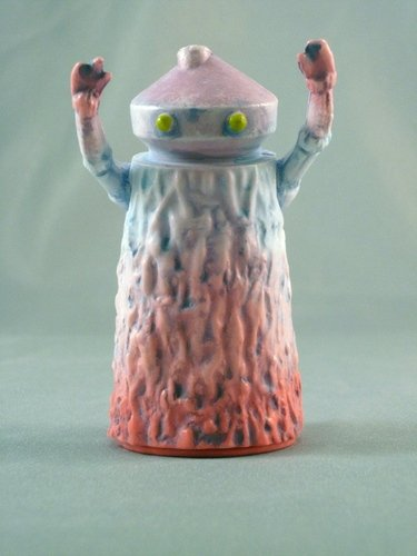 Plague of Kusogon figure by Beak, produced by Monster Worship. Front view.
