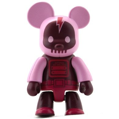 Vector Brigade Pink figure by 123Klan, produced by Toy2R. Front view.