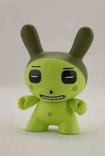 Square Eyes Green figure by Dalek, produced by Kidrobot. Front view.