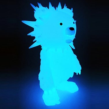 Inc - Blue Glow figure by Hiroto Ohkubo, produced by Instinctoy. Front view.