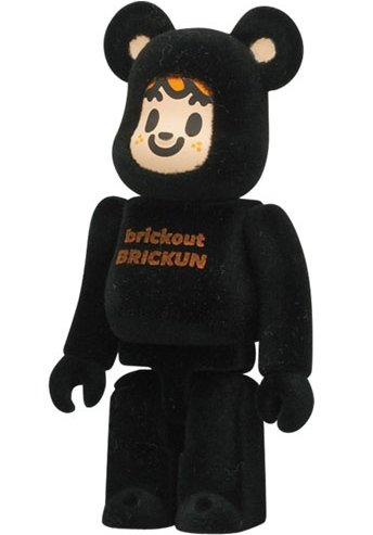 Tarout - Artist Be@rbrick Series 24 figure by Tarout, produced by Medicom Toy. Front view.