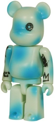 BWWT Unkle Be@rbrick 100% figure by Unkle, produced by Medicom Toy. Front view.