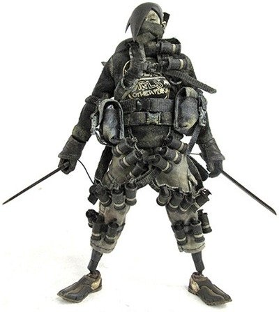 Tomorrow King Slicer Kyuuketsuki - Bambaland Exclusive figure by Ashley Wood, produced by Threea. Front view.
