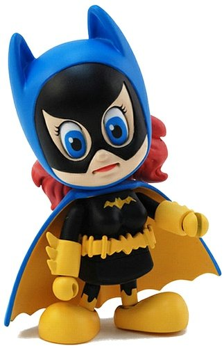 Batgirl figure by Dc Comics, produced by Hot Toys. Front view.