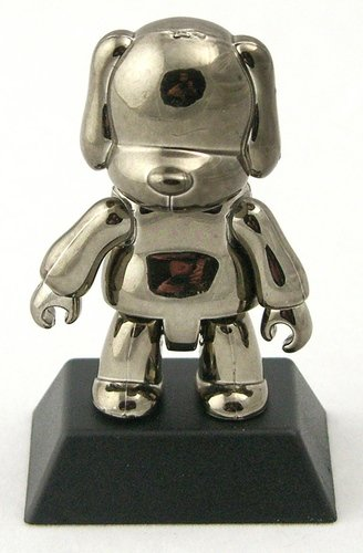 Metallic Black Dog figure, produced by Toy2R. Front view.