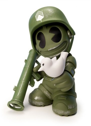 Kidrobot Mascot 17 - Sgt. Robot, Green figure by Dave White, produced by Kidrobot. Front view.