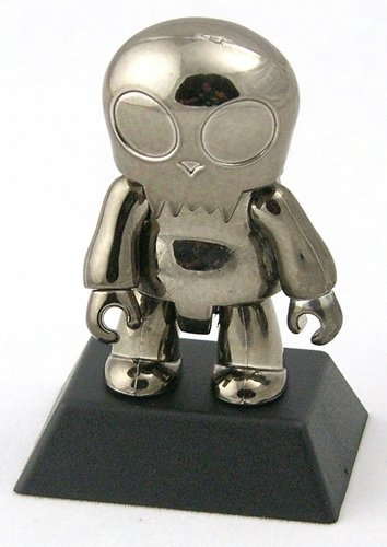 Metallic Black Toyer figure, produced by Toy2R. Front view.