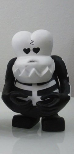 Skull Ko figure by Bounty Hunter (Bxh), produced by Bounty Hunter (Bxh). Front view.