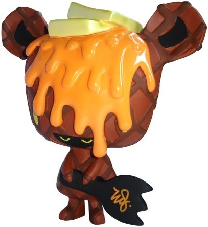 Milk Chocolate Caramel Waffle Micci figure by Erick Scarecrow, produced by Esc-Toy. Front view.