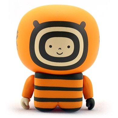 Orange Onesies Unipo figure by Unklbrand, produced by Unklbrand. Front view.