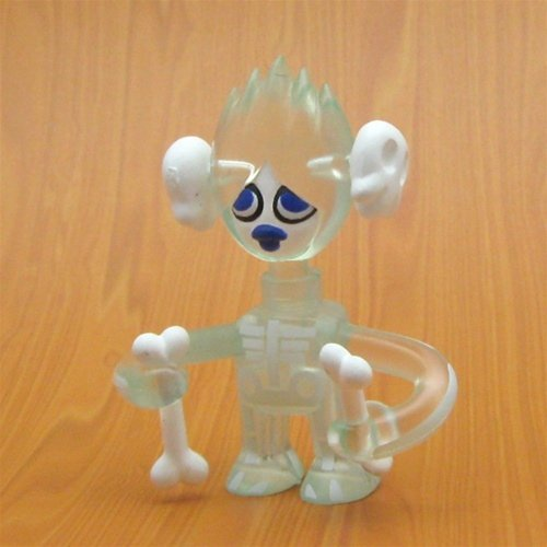 Skeletina - Clear figure by Pete Fowler, produced by Cube Works. Front view.