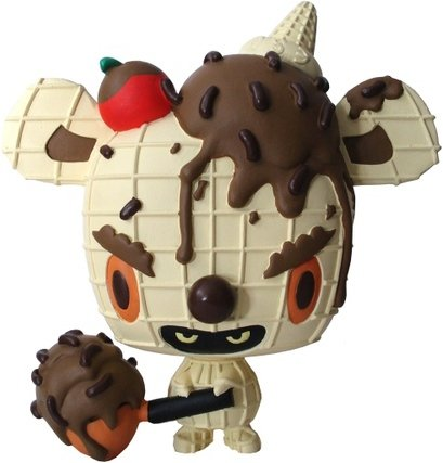 Ice Cream Micci-Chocolate & Choco Sprinkles on Vanilla Cone figure by Erick Scarecrow, produced by Esc-Toy. Front view.