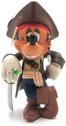 Mickey Mouse Jack  Sparrow Ver. 2.0 - VCD No.185 figure by Disney X Roen, produced by Medicom Toy. Front view.