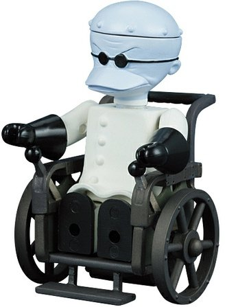 Dr. Finkelstein the Evil Scientist figure by Touchstone Pictures, produced by Medicom Toy. Front view.