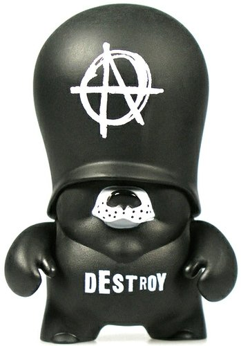 Anarchy figure by Frank Kozik, produced by Adfunture. Front view.