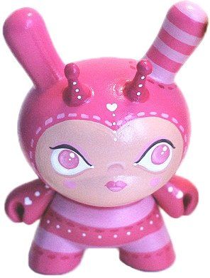 Fuchsia Pink Hunny Bumbler figure by Lunabee. Front view.