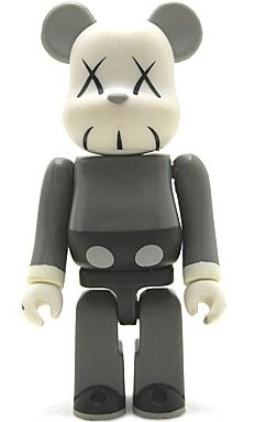 KAWS Companion - Artist Be@rbrick Series 4 figure by Kaws, produced by Medicom Toy. Front view.