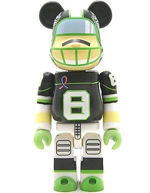 H8GRAPHIX - Artist Be@rbrick Series 8 figure by H8Graphix, produced by Medicom Toy. Front view.
