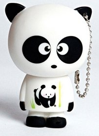 Boneco Panda figure, produced by Monskey. Front view.