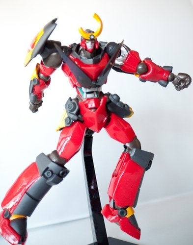 Gurren Lagann figure by Yamaguchi, produced by Revoltech. Front view.