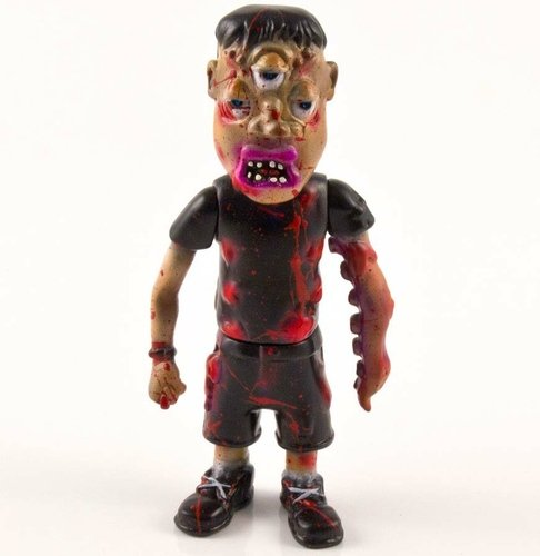 Toys Are Sanity - Ian the Sewer Creep (Brutalizer Edition) figure by Coma21. Front view.