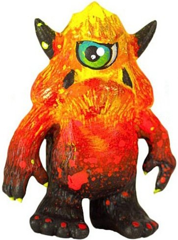 Lava Stroll figure by Leecifer. Front view.