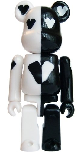 Twelve Bar - Secret Be@rbrick Series 12 figure, produced by Medicom Toy. Front view.