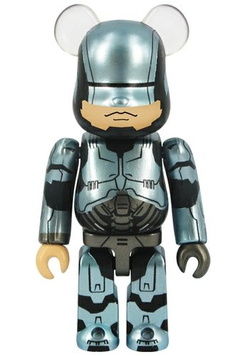 RoboCop 1.0 Armor - SF Be@rbrick Series 27 figure, produced by Medicom Toy. Front view.