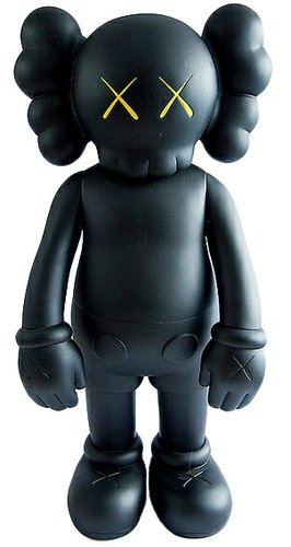5YL Companion - Black figure by Kaws, produced by Medicom Toy. Front view.