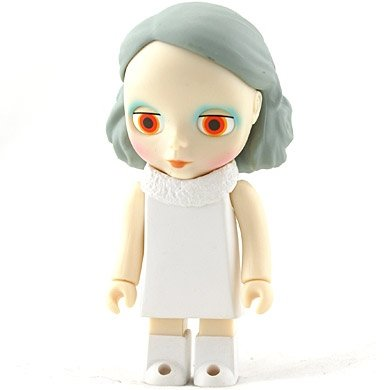 Kubrick Blythe Holly Wood figure, produced by Medicomtoy. Front view.