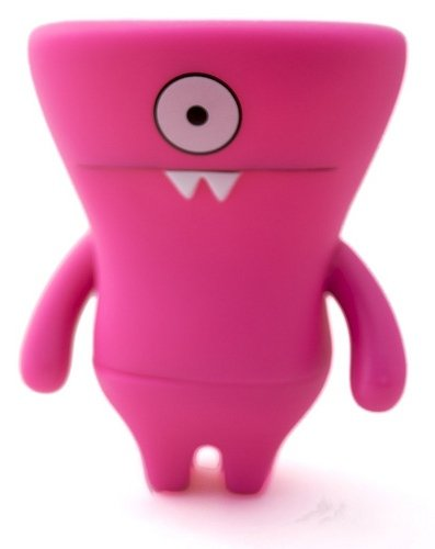 Wedgehead - Pink figure by David Horvath, produced by Pretty Ugly Llc.. Front view.