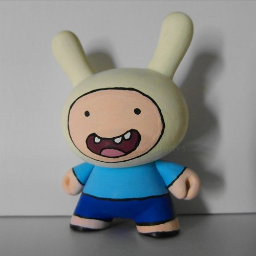 Finn the human figure by Bastienvs. Front view.