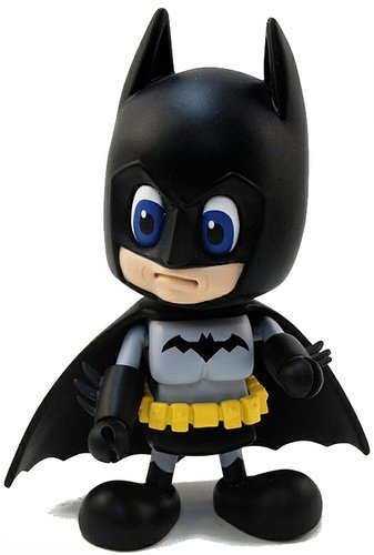 Batman (Modern) figure by Dc Comics, produced by Hot Toys. Front view.