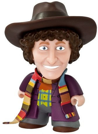 Doctor Who 50th Anniversary - 4th Doctor figure by Matt Jones (Lunartik), produced by Titan Merchandise. Front view.