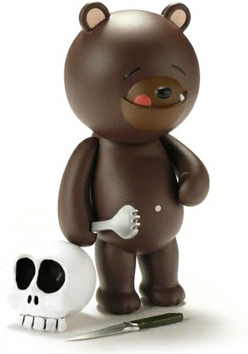 IWG Sleepy Bear Titus figure by Patrick Ma, produced by Rocketworld. Front view.