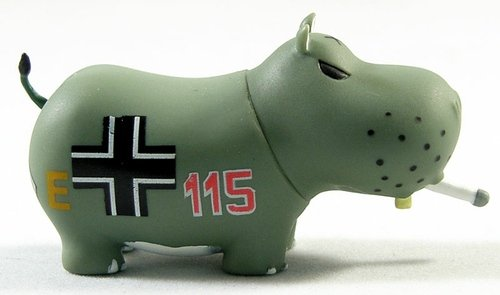 Wermacht Potamus figure by Frank Kozik, produced by Toy2R. Front view.